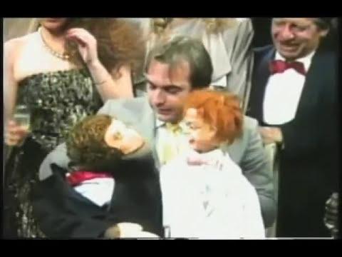 Carlos Donoso con Kini y Lalo en los 15 años de Sabados Felices. Director Alfonso Lizarazo- 1987