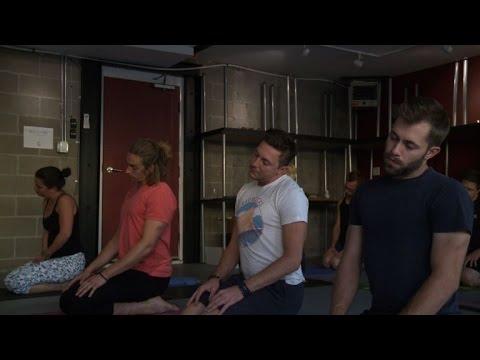 yoga y marihuana, ultima moda en eeuu