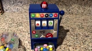 M&M's world / M&M's slot machine candy dispenser