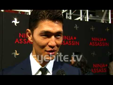 Rick Yune talks about his favorite scenes of ninja Assassin. NINJA ASSASSIN PREMIERE