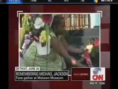 "Michael Jackson fans in the U.S. remember the ""King of Pop"""