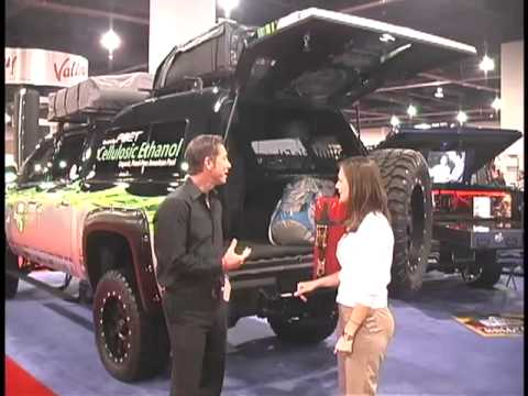Sema 2010 A R E Truck Caps And Covers Youtube