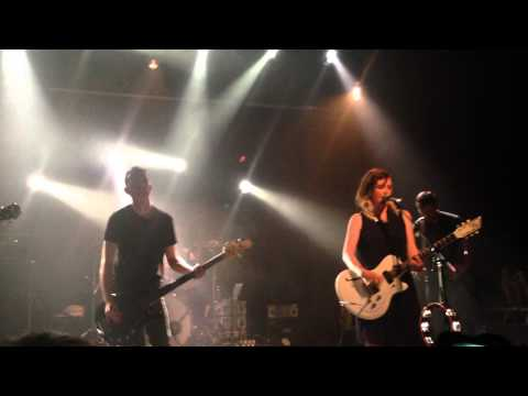 Slowdive - When The Sun Hits live @ Village Underground 19.05.2014