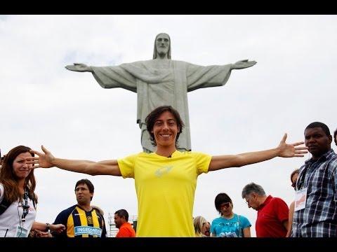 Francesca Schiavone Visits Cristo Redentor Statue