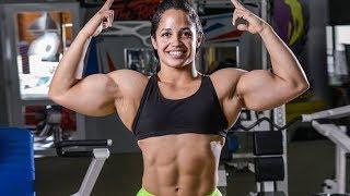 Muscle woman with big biceps Yaritza Negrón Rivera