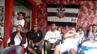 Momento do gol do Guerrero no bar do China - Corinthians Campeão Mundial 2012.MPG