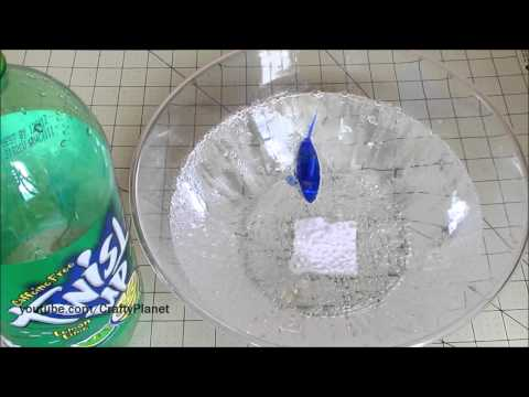 Can A Hex Bug Fish Swim in Soda ??? AQUABOT FISH Swimming Test Review Micro Robotic Robot