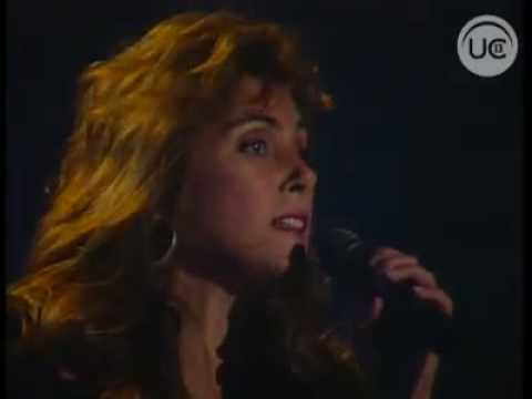 Laura Branigan - The Power Of Love&Forever Young (Una Vez Ms 1988).flv