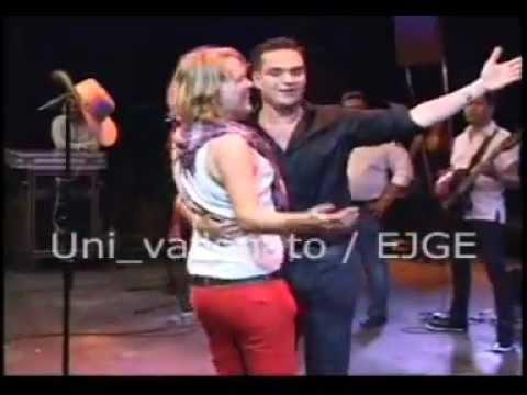 La Gringa - Silvestre Dangond   &  Rolando Ochoa - Festival Francisco El Hombre, Riohacha - NaneG