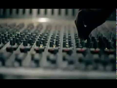 David Guetta - Gettin' Over You feat. Fergie