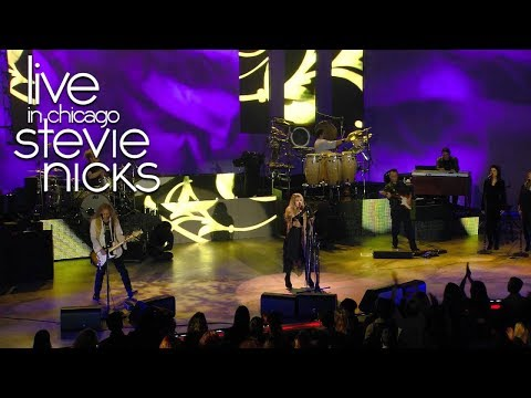 Stevie Nicks - &quot;Gold Dust Woman&quot; [Live In Chicago]