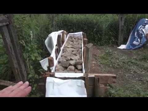 Фундамент из камня / Дом в деревне