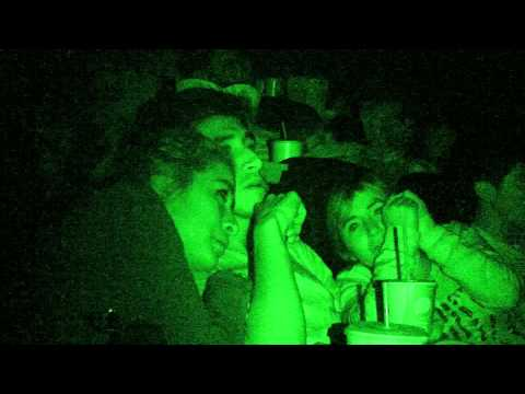En sus primeros cuatro días, 'Secreto Matusita' llevó a 163 mil personas ayer al cine y continúa como la película más vista de la semana, convirtiéndola en la segunda mejor apertura de terror, después de 'Cementerio General'y superando a 'El Conjuro' y la saga de 'Actividad Paranormal', además de ser la cinta de terror más vista y taquillera de todo el año.   Aquí un video de las reacciones de los espectadores.   (Video: Fanáticos del Cine)