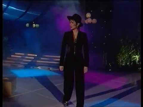 Severina - Mala Je Dala @ Miss BiH 2001