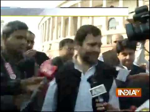 Rahul Gandhi Leads Protest Against Modi Govt's U-turns At Parliament - India TV