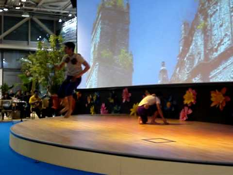 The Philippine Bayanian Dance Compapy - Maglalatik video