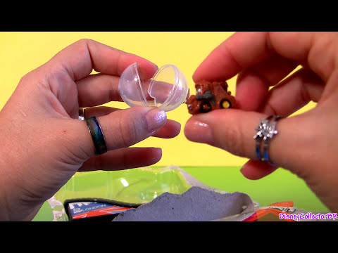Cars 2 Squinkies Ramp London, Japan, Porto Corsa Disney 4-pack Bubble Lightning McQueen, Mater