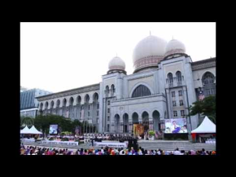 Malaysia's opposition pact on verge of split