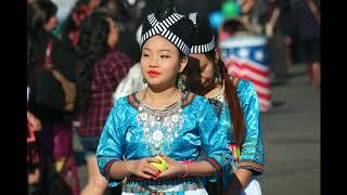 Hmong Song - Cia Kuv Mam Hlub Koj