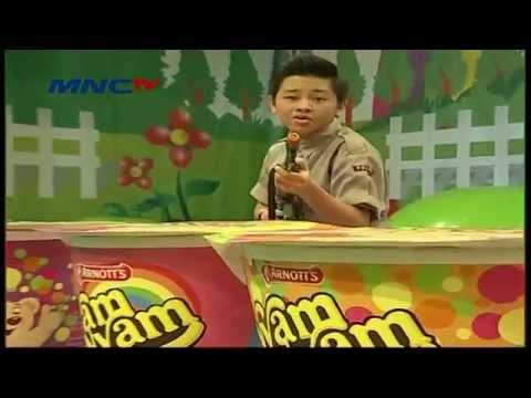 Lagu Fight CJR versi Pakaian Polisi - Let's Play With CJR episode 5