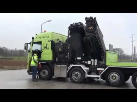Volvo FM2850 mit F1500APX.28 150t 35m krane [PfeiferMachinery.com]