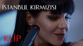 İstanbul Kırmızısı | Gaye Su Akyol - Kırmızı Rüyalar