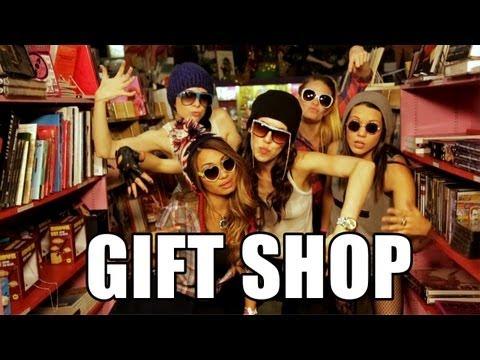 Thrift Shop - Macklemore & Ryan Lewis Parody (gift Shop) video
