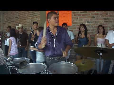 Gabriel y sus tarolas juchipila 2011