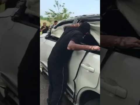 Así quedó el auto del cantante de vallenato Martín Elías
