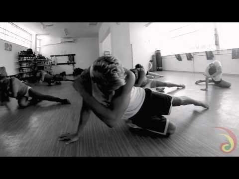 STAY - RIHANNA | Cia. Nós Da Rua | Choreographed by Rafa Santos