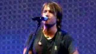 Watch Keith Urban Billy video