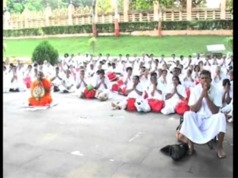 Sri Lankan Buddhist Pilgrims Perform Special Prayers For Peace, Tranquillity In Eastern India video