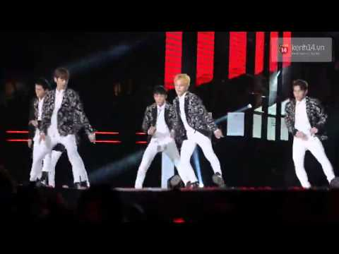 Miss Right - Teen Top [Music Bank in Ha Noi 28/3/2015]