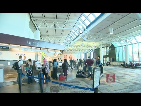 Nashville International Airport Filled With Holiday Travelers