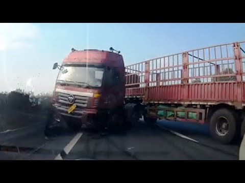 Truck Accidents Compilation January 2015
