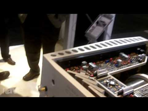 CEDIA 2013: Boulder Amplifiers Shows the 3060 Stereo Amplifier