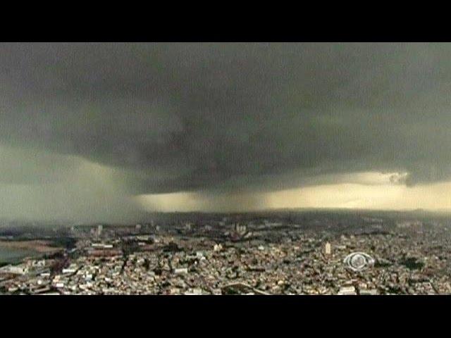 Brazil: heavy rain storm drenches Sao Paulo - no comment