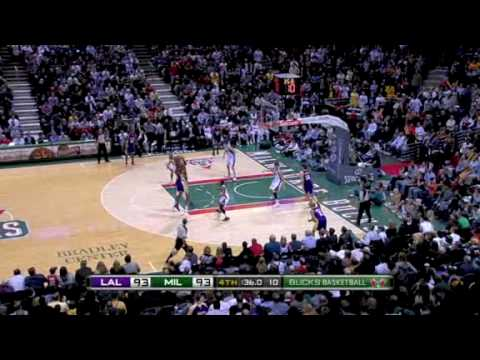 Lakers vs Bucks (NBA Highlights) 12/16/2009