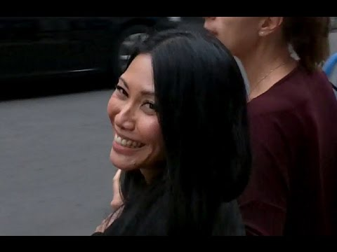 ANGGUN @ Paris - 12 november 2015 France - Radio Station Europe 1