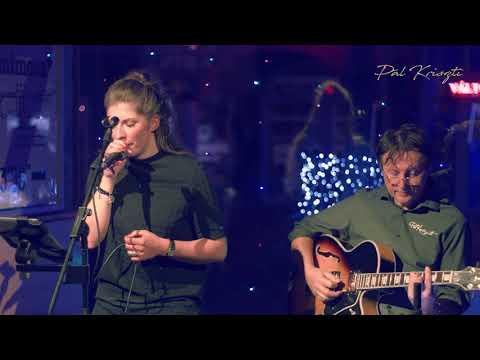 Pál Kriszti Acoustic - Ünnep ( Zorán )