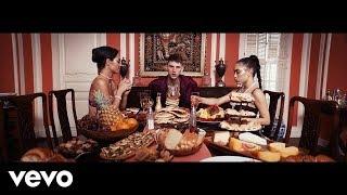 Download Lagu Machine Gun Kelly - Trap Paris Ft. Quavo, Ty Dolla $ign