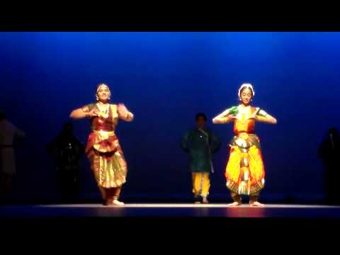 Pranaya Sathe Kathak dance on Mile Sur Mera Tumhara - Group...