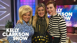 'Long Island Medium' Theresa Caputo Gives Kelly Clarkson & Her Stylist An Emotional Psychic Reading