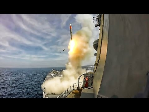 Navy Ship Test Fires Tomahawk Cruise Missile • Split Views