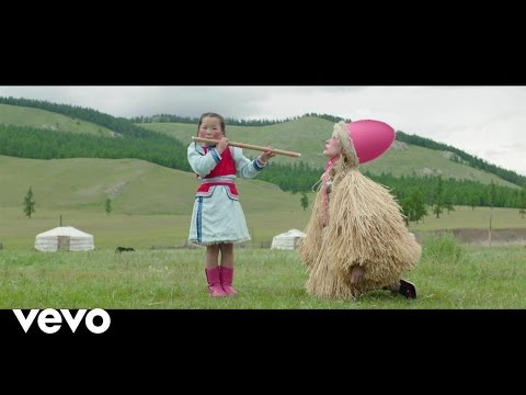 Petite Meller The Flute pop music videos 2016