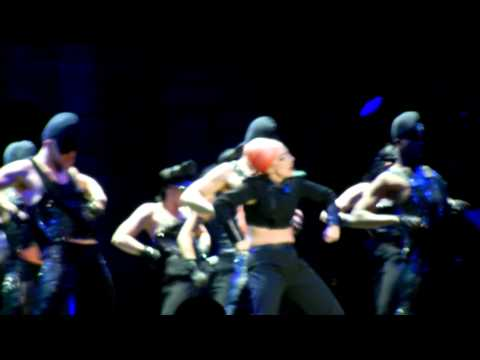 Lady Gaga - Scheiße @ Mexico city