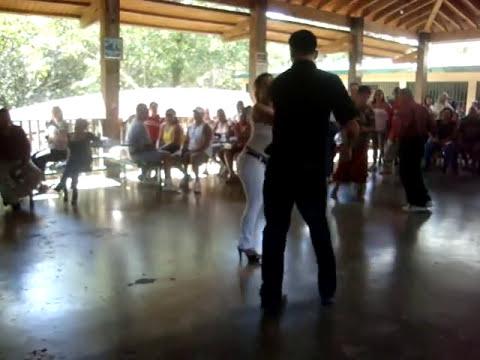 Lizy y Joselito en Guavate