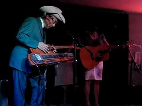 Junior Brown at Riley's in San Marcos, Texas 9/10/11