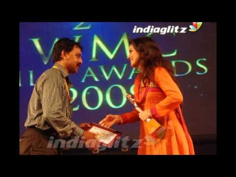 Pooja Umashankar World Malayalee Council Film Awards For Best Actress - Tamil 2009 video