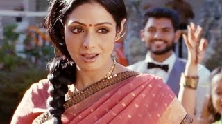 English Vinglish - Sridevi and the English Vinglish Team Promoting the film in Delhi!